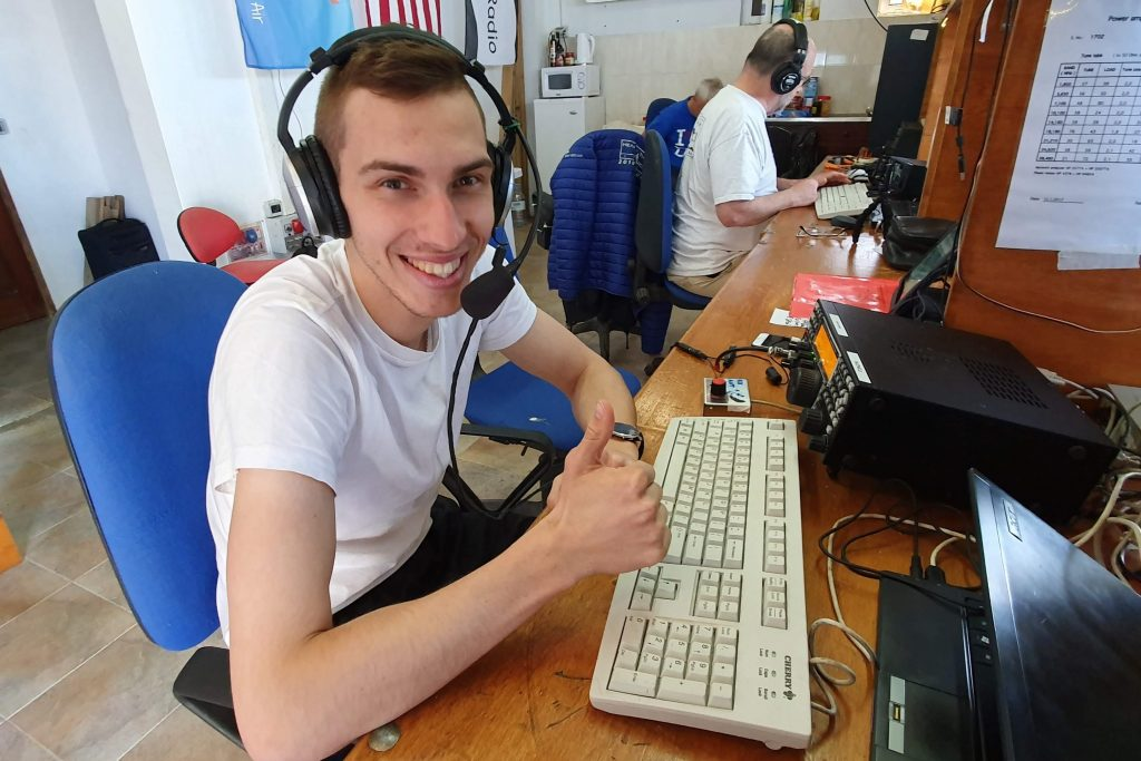 YL3JA @D4C during CQWW SSB 2019